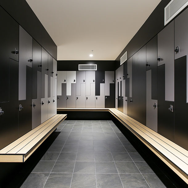 Z Shaped Two Tier Lockers With Seating