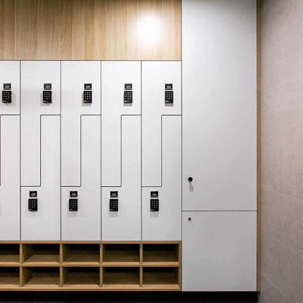 Z Shaped Lockers With Shoebox